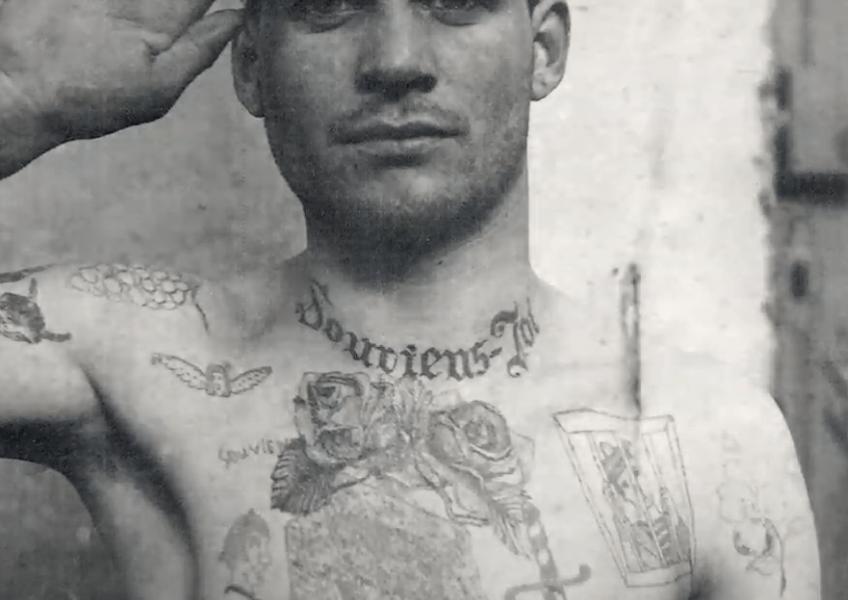 Soldat tatoué