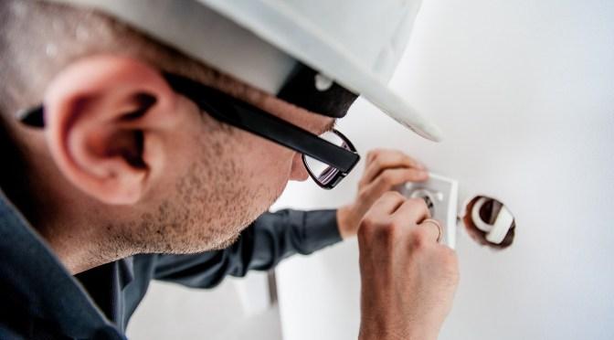 Elektriker sökes för att bistå styrelsen i elfråga gällande garagen