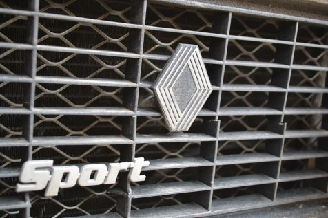 grille de protection calandre 4L trophy