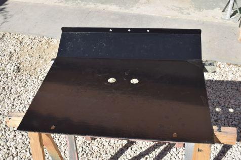Plaque de protection du réservoir d'essence en acier