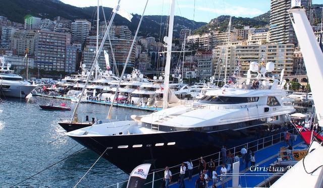ob_ce1675_monacoo-yachtt-show-panoramique