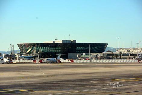 AÉROPORT DE NICE - NOUVEAU SERVICE DE CONSIGNE POUR LES OBJETS INTERDITS EN CABINE
