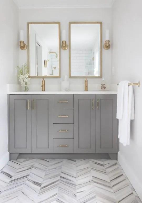 Fabulous bathroom ideas with gray floor #Greybathroomideas #Masterbathroomideas #Bathroomtileideas #Halfbathroomideas