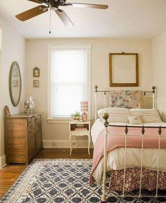 Cute Small Teenage Girls Bedroom