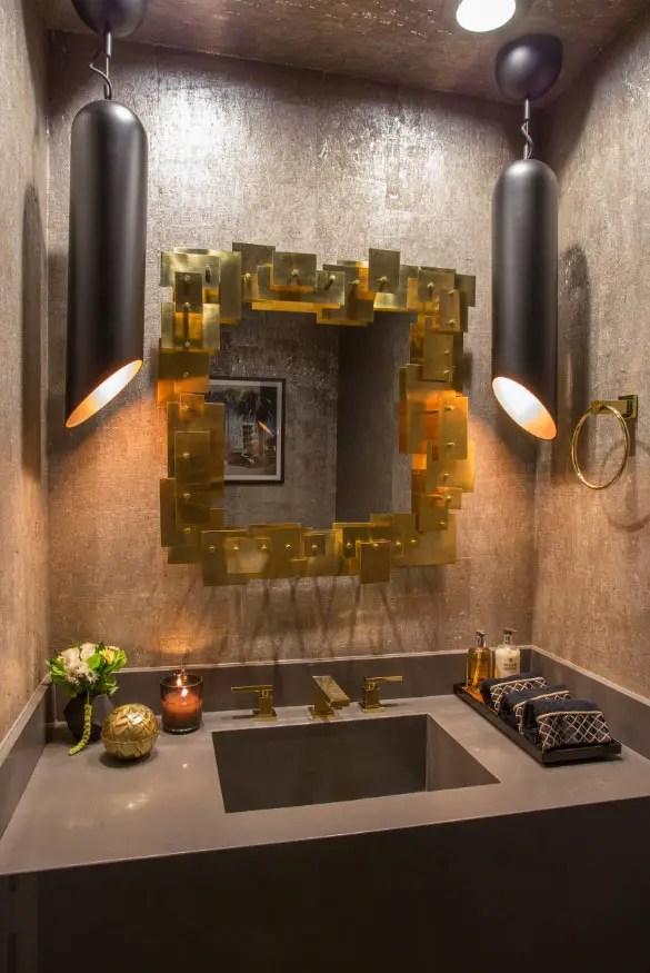 Astounding bathroom mirror ideas photos #bathroom #mirror #vanity #bathroomdesign #bathroomremodel #bathroomideas