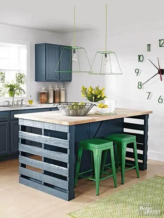 DIY Homemade Kitchen Island from Pallet