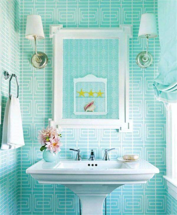 Mint and White Bathroom Color Ideas