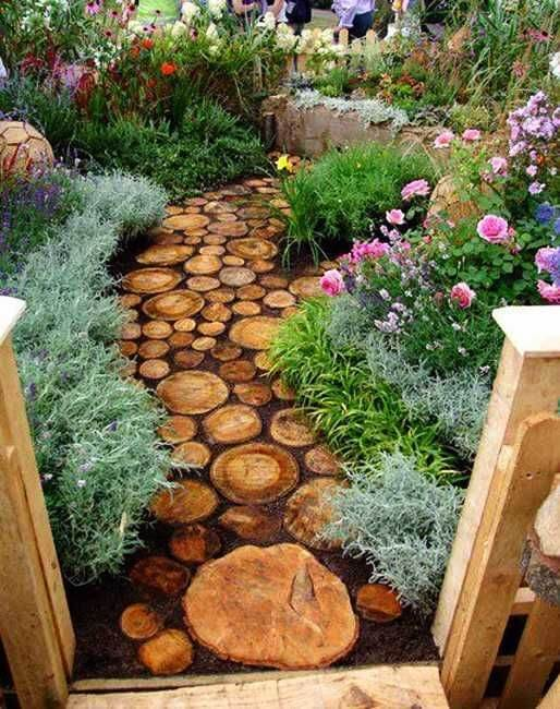 Wooden Walkway as the Alternative backyard landscaping