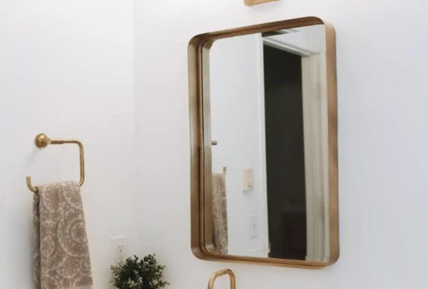 Golden Feature bathroom mirror dreamland