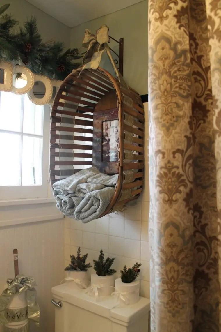 rustic bathroom - diy hanging basket