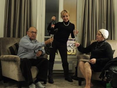 En Francia tienes que tomar champaña. ¡Salud!