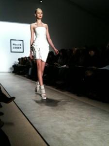 Ver diseños desde primera fila es un placer para cualquier fashionista.