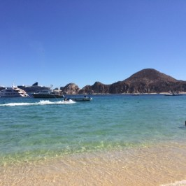 La playa del Me by Meliá es maravillosa.