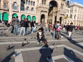 """Yo guardaba un trozo de pan para cuando me dieran ganas de un """"munchis"""", pero lo invertí en alimentar palomas en Milán."""