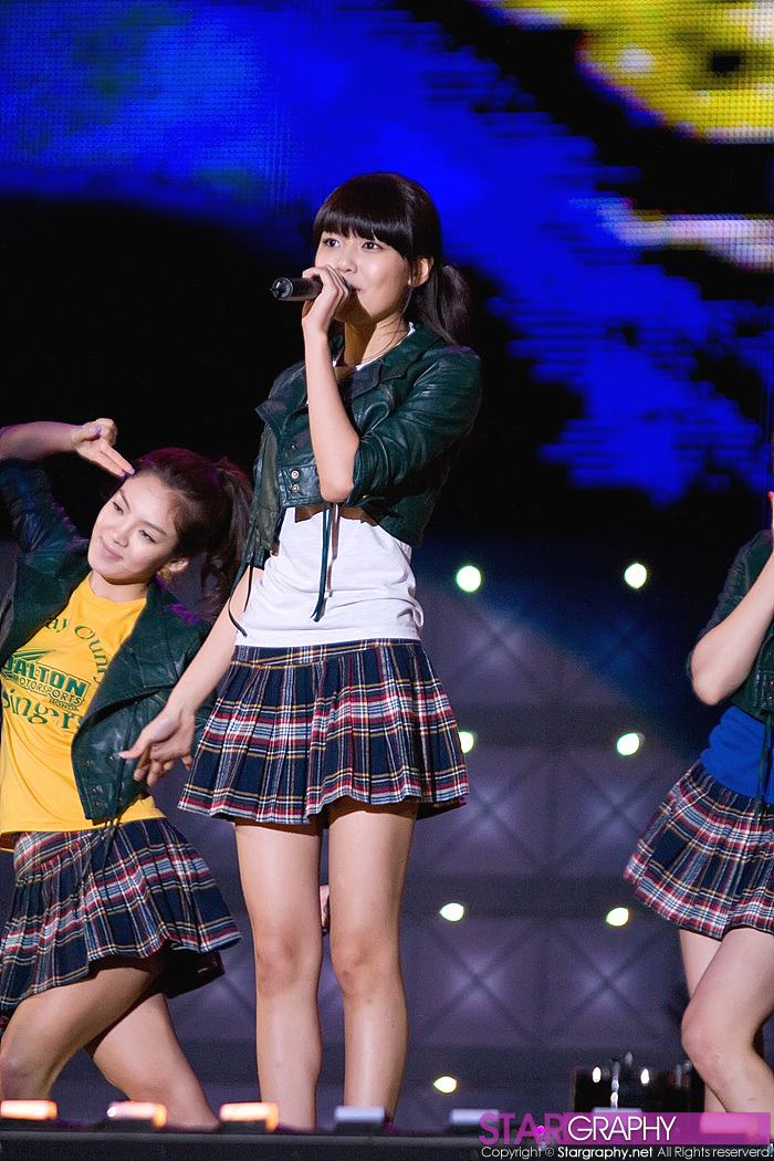 Sooyoung - 081004 Asia Song Festival | Manuth Chek's SoShi Site