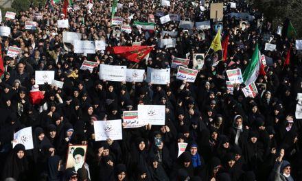 Pekerja dan Anak Muda Mencabar Rejim Iran