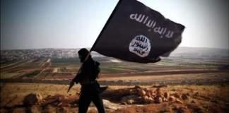 2 av 100 syriske flyktninger er terrorister fra Islamsk stat - sier minister.