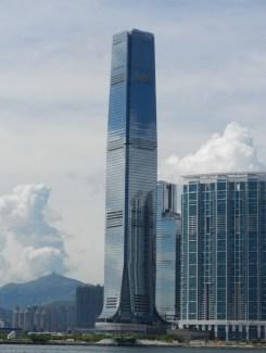 5-2. საერთაშორისო სავაჭრო ცენტრი, 484 მ, ჰონგ-კონგი, ჩინეთი