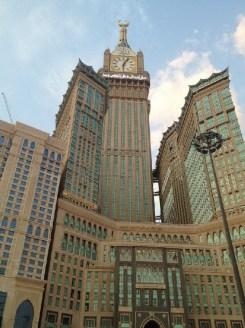 2-2. მექას სამეფო საათის კოშკი, 601 მ, აბრაჯ-ალ-ბეითის შენობების კომპლექსი, მექა, საუდის არაბეთი