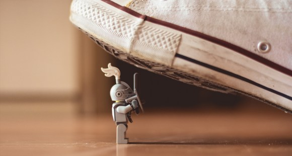 playmobile crushed by sneaker