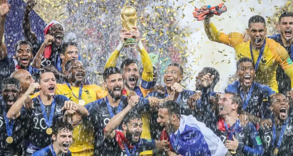 French soccer team winning FIFA World Cup 2018