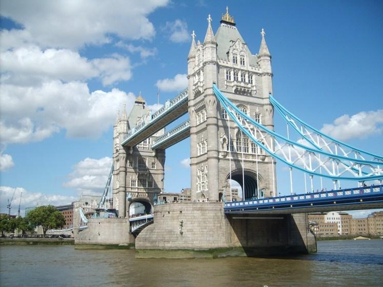 tower-bridge-1275026_1280
