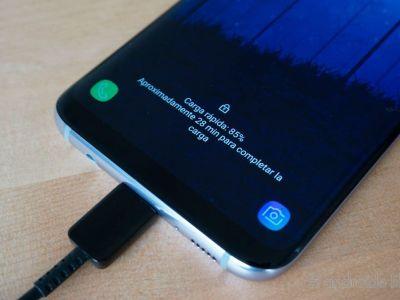 Cómo cargar la batería de un celular nuevo por primera vez