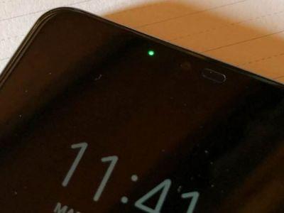 Cómo poner un LED de notificaciones en celulares OLED que no lo tienen