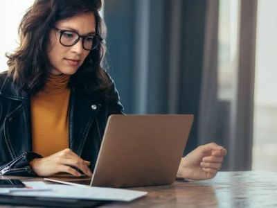 Qué es el estrés laboral y 8 consejos para prevenirlo