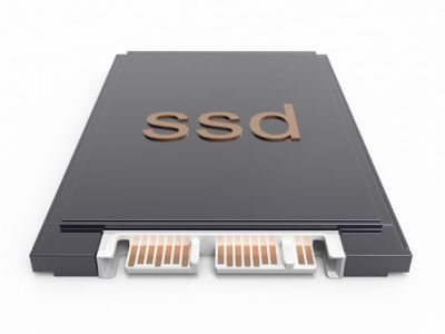 ¿Cuáles son las diferencias entre un disco duro SSD PCIe y uno SATA?