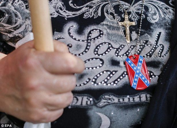 For the South Carolinan KKK supporters, the Confederate flag symbolized their heritage and their beliefs