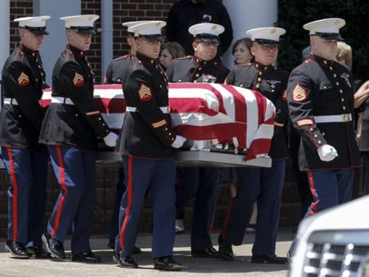 US Navy to Award Purple Heart Medals to Victims of Attack on Chattanooga Shooting