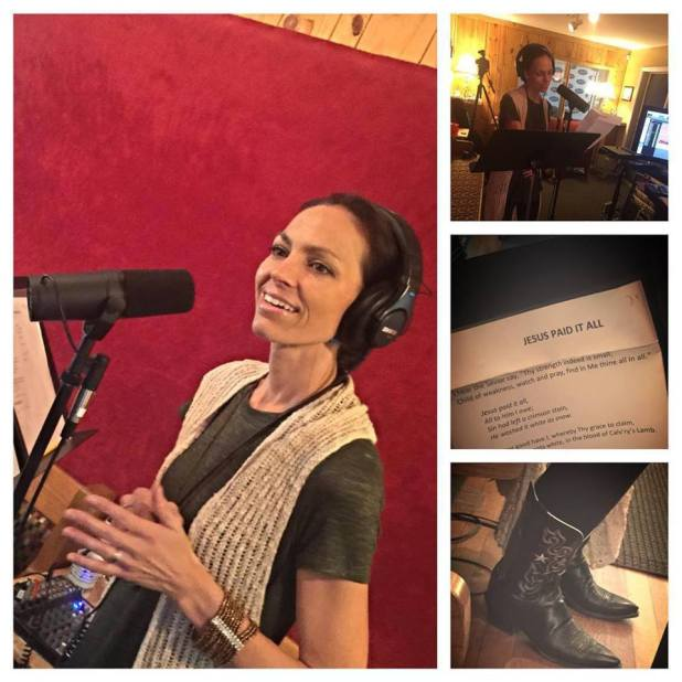 (Photo : Joey+Rory Facebook)Joey Martin Feek recording