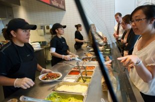 After E. Coli Scare, Chipotle Hopes These Freebies Will Get Customers to Bite