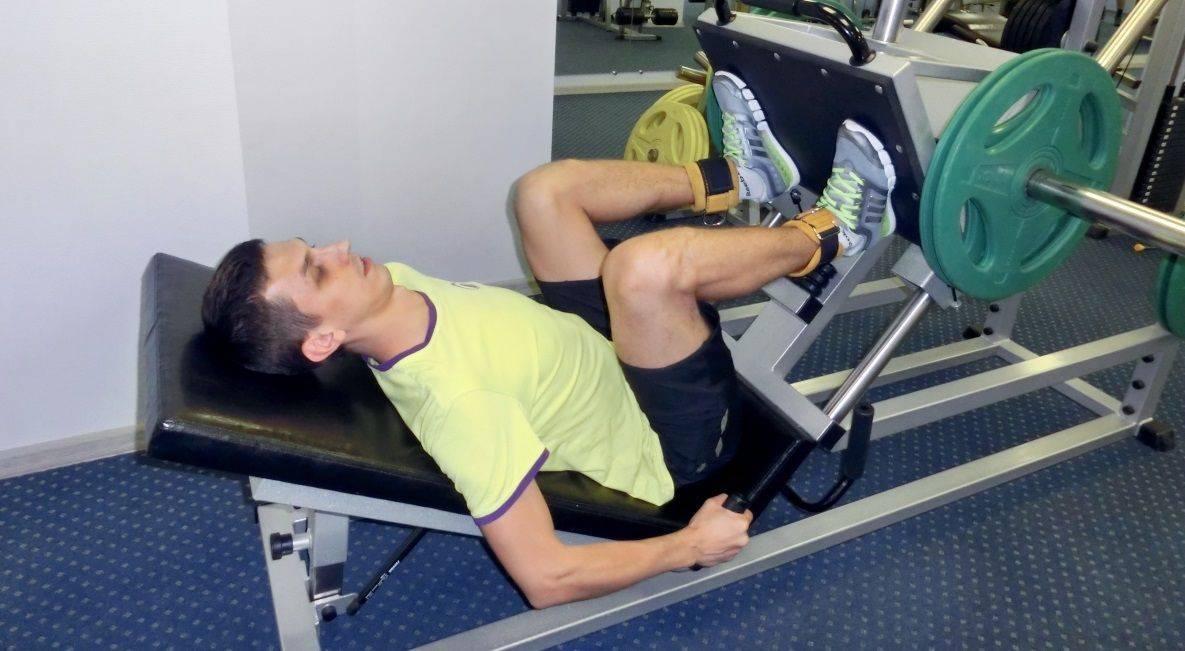Éles fájdalom a lábánál a térd felett. A térd feletti fájdalom okozta fájdalom okai