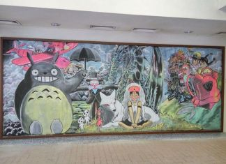 Hong Kong Students Create Awesome Chalk Drawings On Classroom Blackboard