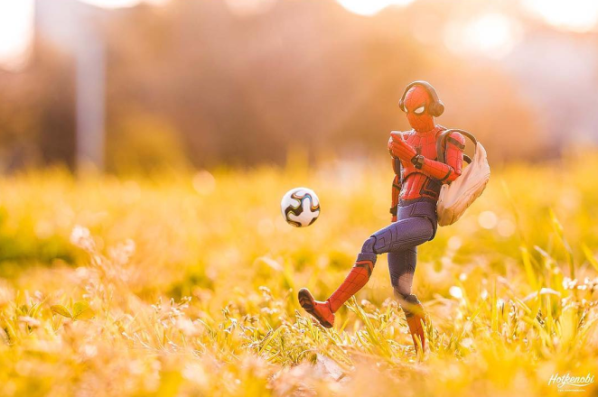 Japanese Instagram Photographer HotKenobi is turning Toys into Real Life Action Heroes