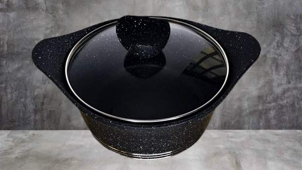 non-stick pot