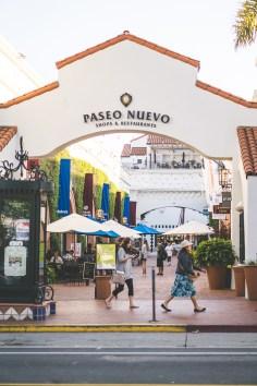 Entrance to Santa Barbara's Paseo Nuevo