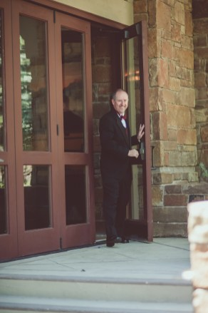 Walking out into the garden, he saw his bride for the first time