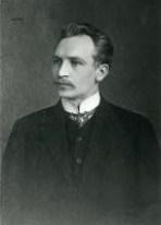 Kullervo Manner oli Kansanvaltuuskunnan puheenjohtaja 1918 ja kesällä 1917 eduskunnan puhemies.