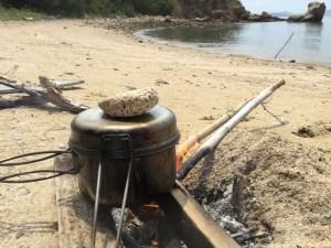 焚火で炊飯