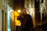 Kiefer-Sutherland-Jack-Bauer-cell-24-Live-Another-Day-Episode-10