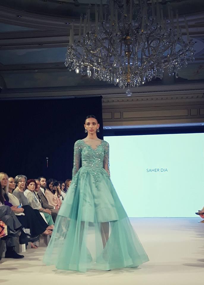 Saher Dia rend hommage à Grace Kelly lors de l'Oriental Fashion Show - Juillet 2016