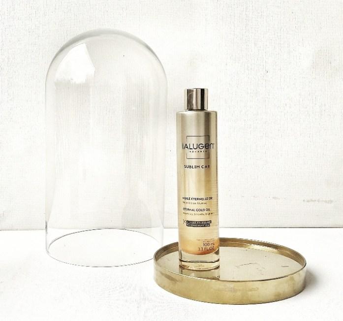 HUILE ETERNELLE OR, dans sa version paillettes nacrées, première huile sèche à l'acide hyaluronique pour sublimer votre peau et vos cheveux 100ml - 38,90 €