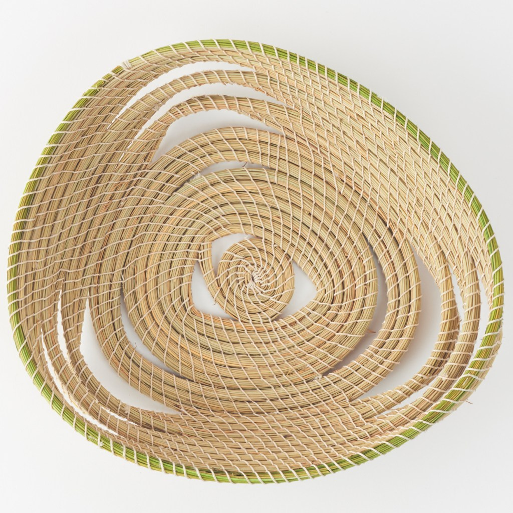 halfa grass triangle basket