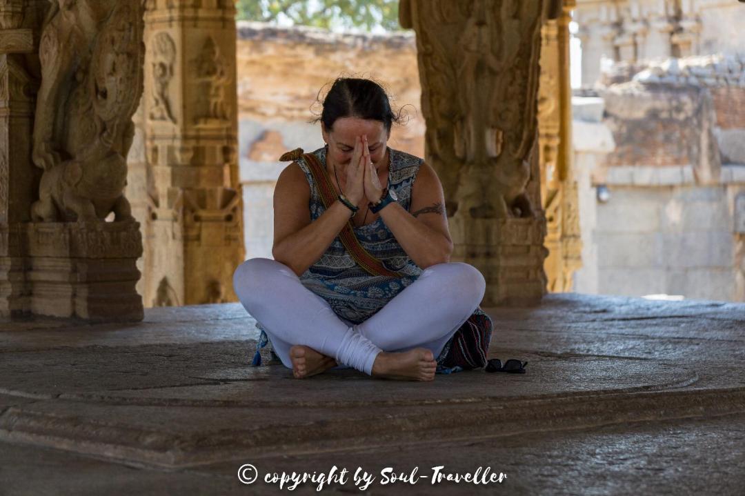 soul-traveller-yogini-hampi