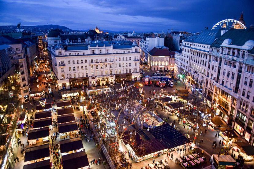 Різдвяний Базар у Будапешті, Будапешт Різдво