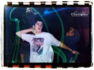 Dancing dude @ Jungle Roots