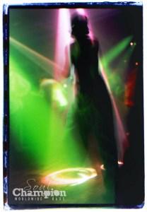 Dancing Girl @ Jungle Roots